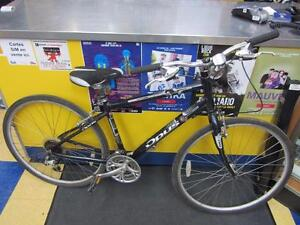 Vélo hybride de marque Opus