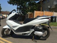 Honda PCX, Only 2,822 Mileage on the clock, 125cc, Tax & MOT