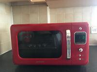 DAEWOO Microwave – Like new. Few months' usage. Retail price £58.79