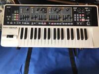 Roland SH-01 Gaia Digital Synthesizer