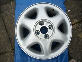vauxhall astra g new alloy wheel.