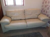!!FREE TO COLLECTOR!! 3 seater leather sofa in VGC -Smoke and pet free home *URGENT SALE NEEDED*