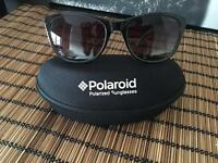 Polaroid suglasses