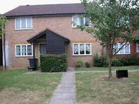 One Bed House In Edgware * Good Size * Parking * MUST BE SEEN *