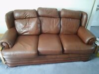 Brown Leather 2 Seater 3 Seater Sofa