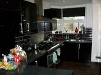 Very nice 2 bedroom first floor flat situated 1 min walk to TUBE STATION in SOUTHGATE N14