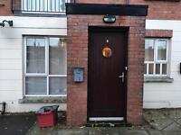 Double room to let in two bedroom flat donegall road