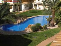 Costa Blanca, Spain. 2nd floor apt, a/c, 3 pools, easy walk to beach (SM040)
