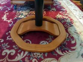 Foot resting leather stands