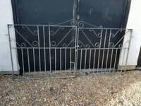 Driveway gates brand new