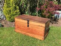 Wooden pine tool box chest Kist trunk blanket box