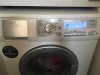 Washing machine /dryer
