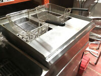 Parry PDGF/N Natural Gas Double Pedestal Fryer