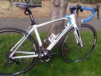 Giant Defy 0 road bike, Shimano Ultegra 11/22 speed groupset RRP £1199, alu carbon Trek BMC Bianchi
