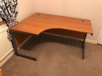 Corner computer desk, excellent condition