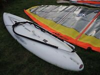 RARE BEGINNERS WINDSURFING RIG HARD TO FIND BARGAIN WIDESTYLE BOARD AND SAILS BE QUICK