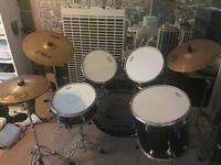 **REDUCED** Drum Kit