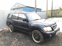 Mitsubishi shogun diesel jeep breaking spare parts available