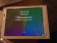 Ipad Air 1, smashed screen