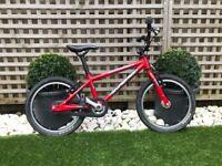 Islabike Cnoc 16 Kids Bike (4+)