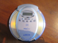 Proline DM1945MP3 portable CD/MP3 player and Bag