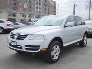 2006 Volkswagen Touareg V6 3.2L *70,000KMS*ONLY/SUNROOF/LEATHER/