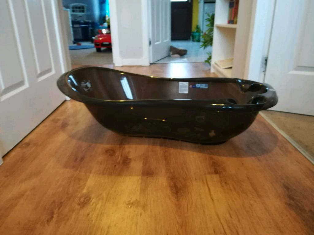 Large baby bath, with plug. | in Balloch, West Dunbartonshire | Gumtree