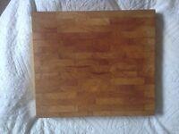 deep chopping board