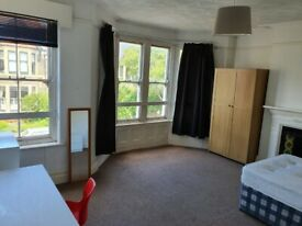Tydfil Place, Roath - Spacious 5 bed Terraced House in the popular location of Roath.**NO FEES**
