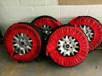 4 Mini wheels with tyres