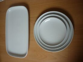 39 Piece Jamie Oliver Dinner Service Plates Bowls Servers 'White On White' - table setting for 6+