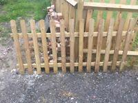 3 ft picket fence panel 180 cm wide