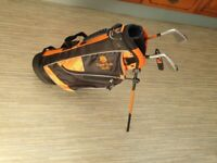 Junior golf clubs and bag age 6-8