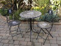 Stunning NEW Bistro Metal Table & 2 Folding Chairs Garden Black