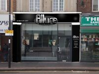 Hair & Beauty - stylist, beautician (manicure & pedicure, barber required on high street Croydon