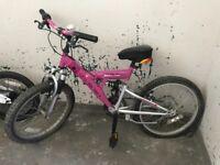 Kid's bike pink