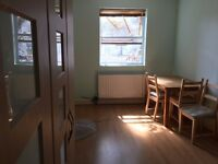 Big Single Room to Let for Muslim professional / Student near Leyton Station. Double BedRoom Flat