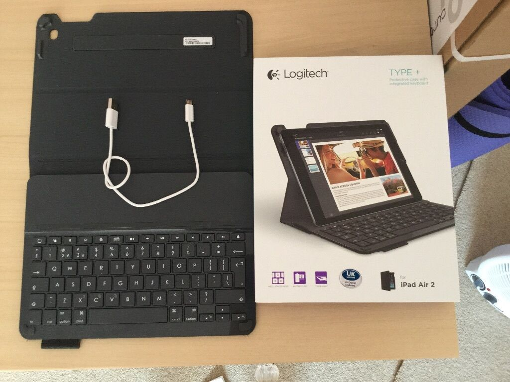 Logitech type 2 keyboard case for Apple iPad air 2. In new condition ...