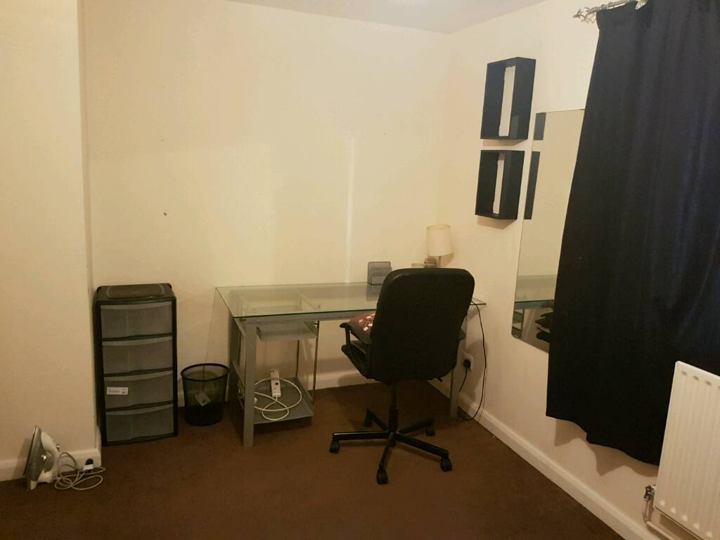 Single Room/Double Bed For Rent In Zone 3