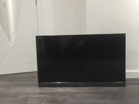 SONY Bravia LCD TV with quality Monster HDMI cable