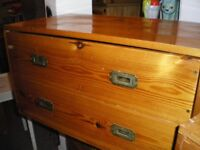 PINE COFFEE TABLE/STORAGE/DRAWERS