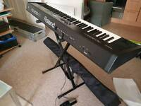 Roland RD 300 GX with case
