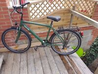 City / Hybrid Bicycle with dynamo light, rack, mudguards etc, good condition