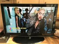 """SAMSUNG 37"""" lcd Tv hdmi freeview"""