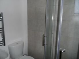 NO FEES !!!!!! -- STUDIOS TO RENT CLOSE TO WEST BROM TOWN CENTRE . NEWLY REFURBISHED