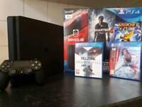 PlayStation 4 Slim 1TB Console+Games