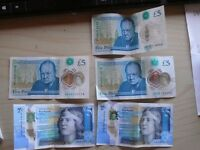 """5X new £5 notes, varying """"A"""" codes."""