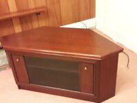 Lovely Mahogany TV Sky box etc. corner stand cabinet center shelf that slides also 3 matching tables