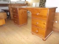 SOLID PINE DRESSING TABLE IN GOOD CONDITION UP-CYCLE PROJECT FREE LOCAL DELIVERY 07486933766