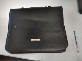Black leather zipped Pierre Cardin conference case/portfolio